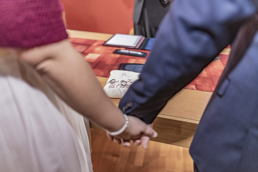 Hochzeit Brautpaar Standesamt Mettlach